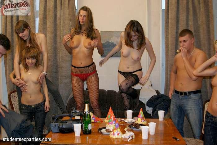Mas fiesta y sexo, esta juventud no se cansa - foto 6