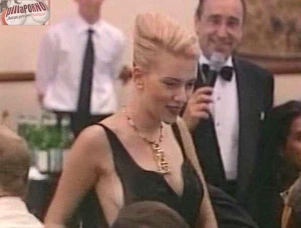 Las tetas y el pezon de Scarlett Johansson - foto 12