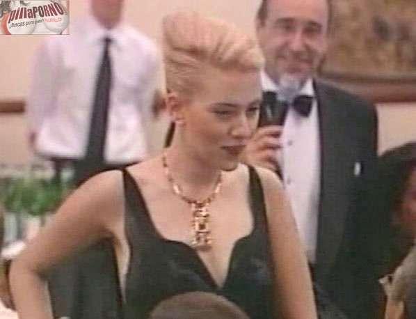 Las tetas y el pezon de Scarlett Johansson - foto 13