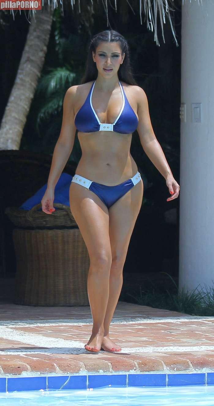 Kim Kardashian y Kendall Jenner - foto 6