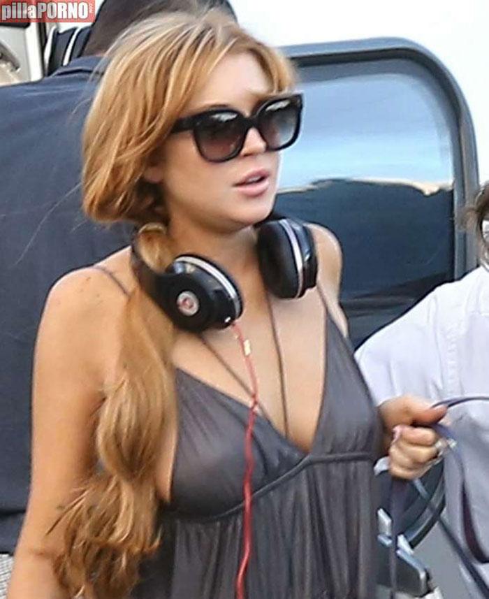 La teta al aire de Lindsay Lohan - foto 9