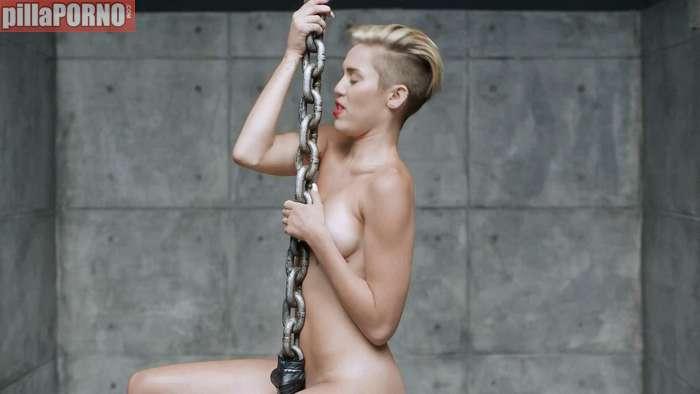 Miley Cyrus, otra vez muy excitante ... - foto 10