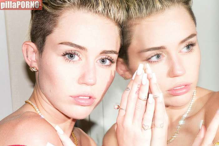 Miley Cyrus se desnuda para Terry Richardson - foto 14